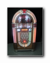 Jukebox Wurlitzer 1015, l' Icone de Wurlitzer after WW2. Production 60.000 unités. Un exploit historique.